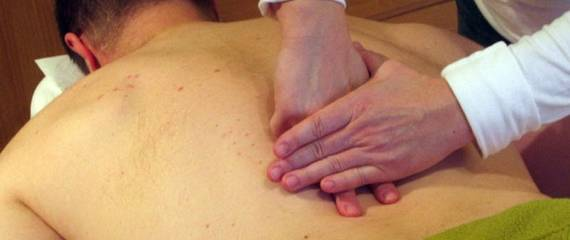 Bolestivý chrbát | bolesti ramien a šije